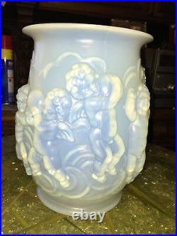 1920-30 Sabino Important Vase Anges Verre Soufflé-moulé Opalescent Art Déco