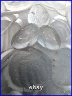 ARVERS, ANDRE DELATTE service à fruits, Art Déco, verre moulé opalescent blanc