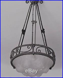 Ancien lustre Art Déco fer forgé vasque en pâte de verre
