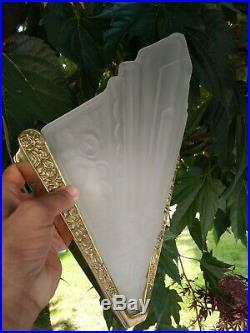 Applique Art Déco verre moulé bronze doré dlg degué
