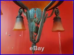 Chandelier Lustre en pate de verre et fer forgé Art Deco schneider 4 tulipes