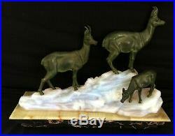 Fritz Diller Lampe Art Déco en verre opalescent et régule