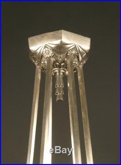 Grand Lustre Art Deco Bronze Et Laiton Nickelés Tulipes Verre Moulé Depoli