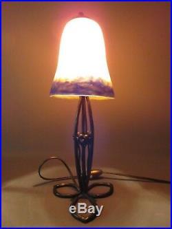 LAMPE ANCIENNE ART DECO FER FORGÉ TULIPE PTE DE VERRE DEGUÉ H 34 cm