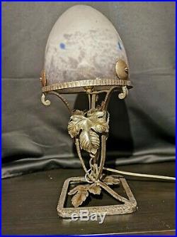 Lampe Muller art déco fer forgée beau dôme en pâte de verre