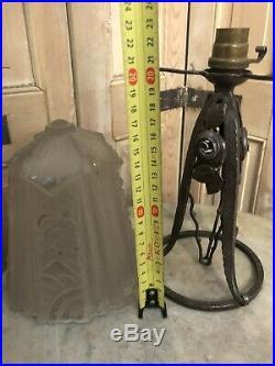 Muller Frères Luneville Lampe Pâte de Verre Moulé Art Deco Fer Forgé Ancien