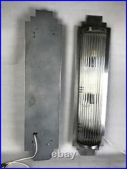 Paire D Appliques En Metal Et Verre Style Art Deco Dans Le Gout De Petitot