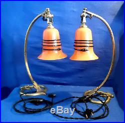 Paire De Pieds De Lampes Articulées Bronze Et Tulipes Pte De Verre Art Deco
