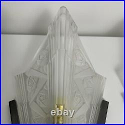 Paire dappliques Art Deco verre préssé DLG Degue Muller Robert Noverdy