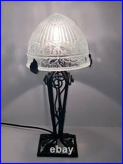Très belle Ancienne Lampe Fer Forgé art déco, avec Dôme, globe en verre