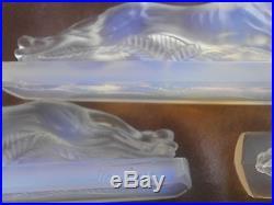 VERLUX 6 porte-couteaux art déco verre moulé opalescent Lévriers Greyhound
